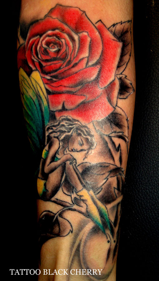 Tattoo Rose mit Elfe